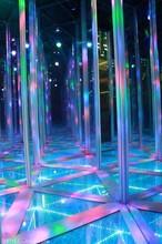 镜子迷宫游乐设备专业生产制造中国宇宙游乐
