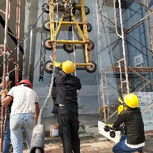 廣東廣州高層寫字樓外墻玻璃維修安裝-佛山幕墻玻璃維修-廣州幕墻玻璃維修更換工程圖片