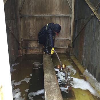 冷却水塔填料清洗优选苏州艾瑞思水处理欢迎来电咨询