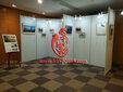 上海裱框油画作品展布置挂画展板展架出租安装图片