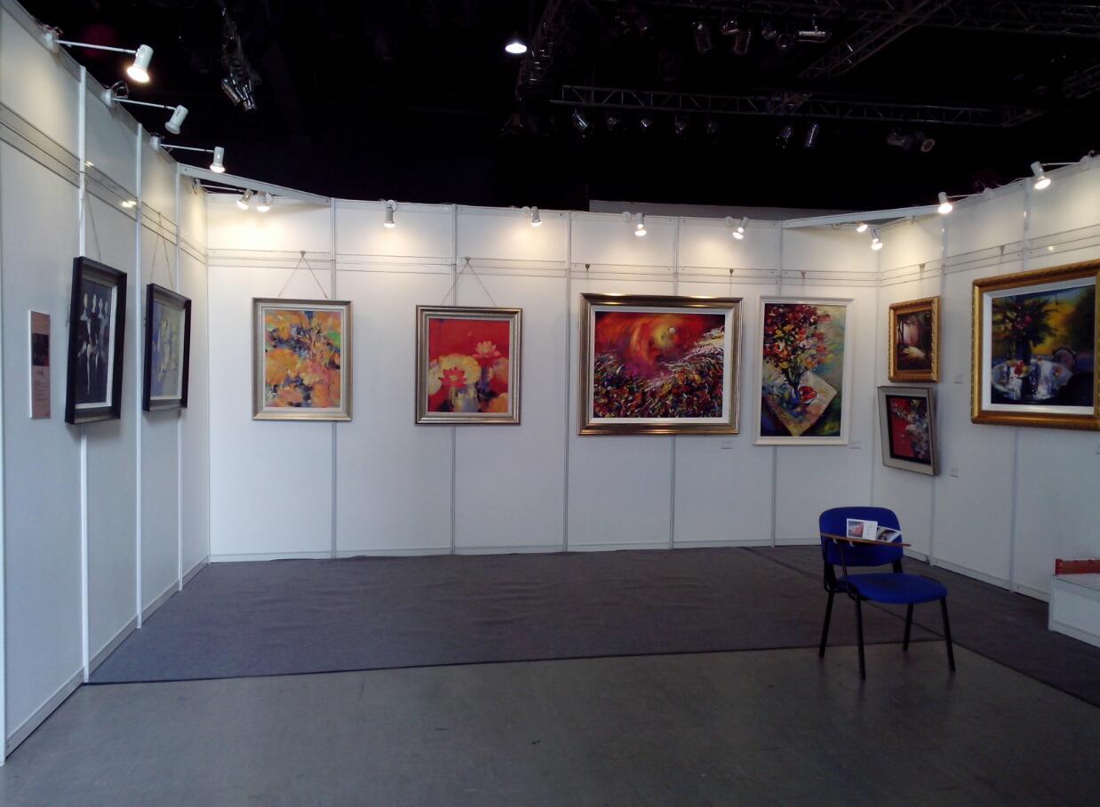 盐城展览展示服务_书画展示活动布置_盐城画展挂画展架板销售