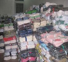 回收服装,收购服装,收购库存服装,回收库存服装图片