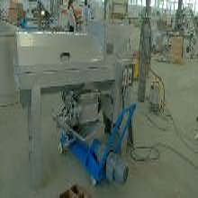 新乡野生山葡萄除梗破碎机榨汁机JCP-1小粒葡萄专用榨汁机图片