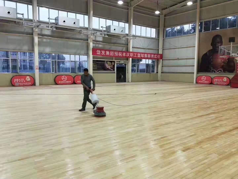上海浦东体育馆运动木地板评价