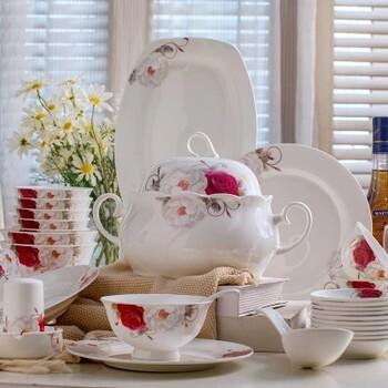 高品质景德镇58头骨瓷餐具套装碗碟家用送礼异形碗盘美式风格