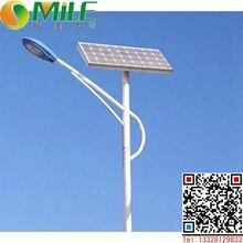 凉山乡村太阳能路灯图片