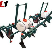新型手扶拖拉机铺地膜机加厚型播种喷药地膜机价格图片