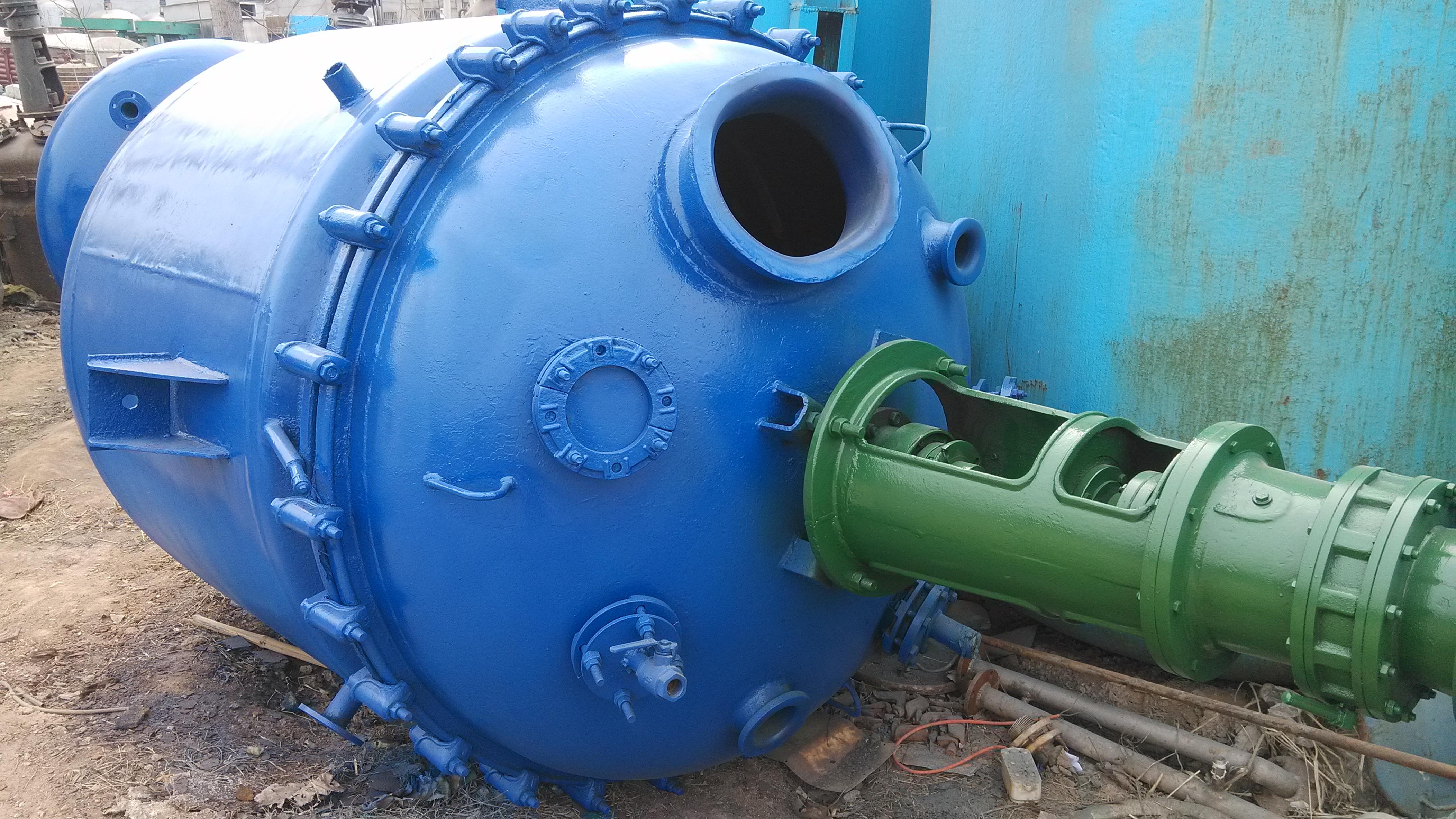 安徽蚌埠出售二手3T-5T搪瓷反应釜