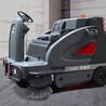 百色多功能駕駛式掃地車的清掃特點