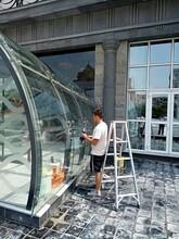 上海玻璃清洁公司专业办公室玻璃清洁不二之选图片