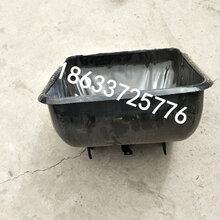 黑龙江齐齐哈尔母猪单体栏自动化养猪设备定位栏价格