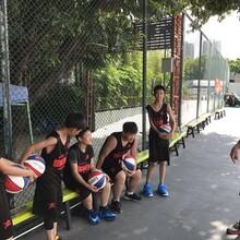 深圳小孩子学篮球就来大鲨鱼篮球培训