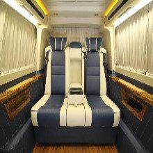 商务车内饰改装大众凯路威内饰改装航空座椅木地板九宫格顶棚图片