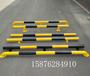 深圳黄黑U型挡车杆公路防撞护栏杆油库安全隔离M字挡车器