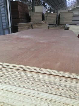 二次成型多層板木工板出口包裝箱板墊板膠合板三合板
