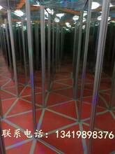 新乡厂家直销一代镜子迷宫游乐设备