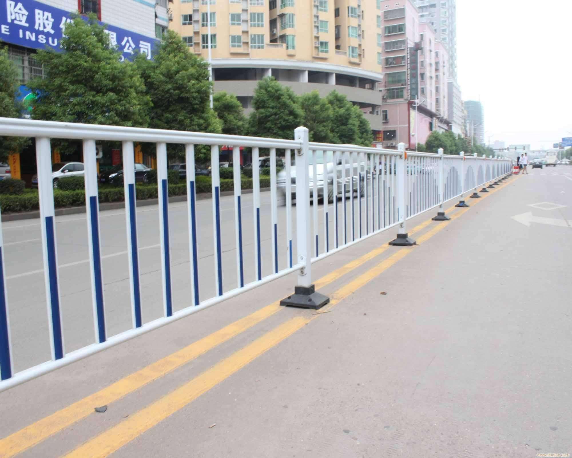 广西柳州波形锌钢护栏城市乡村道路不锈钢围栏交... - 中国供应商