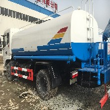 5吨洒水车厂家报价5方水罐车喷洒车图片