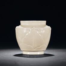 元代龙泉窑瓷器市场行情价值?瓷器玉器图片