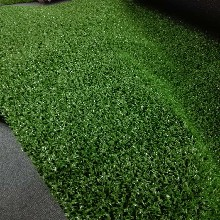人造草坪商业装修,如何推陈出新提升品牌效应?人工草坪厂家来帮你