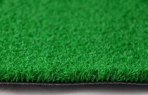 提供小型足球场,室内足球场人造草坪,室内免填充足球草,室内运动草坪