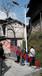 新化农村太阳能路灯和普通路灯的比较