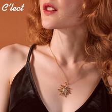女孩年轻新款精致太阳花项链吊坠时尚女款锁骨链含链深圳珠宝图片