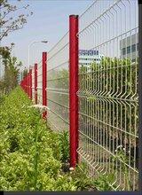 框架护栏网边框护栏双边丝护栏三角折弯护栏网桃型柱围栏可定做护栏网批发图片
