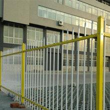 別墅圍墻護欄圖圍墻護欄槍頭水泥圍墻欄桿圍墻鐵柵欄小區圍墻欄桿鋅鋼護欄會生銹嗎