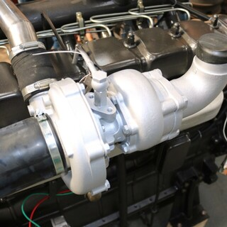 潍柴康明斯上柴120KW柴油发电机组R6105AZLD柴油机厂家供应全铜无刷电机图片6