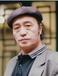 之前有一农民手里藏有一件不知其价值宝物,深圳雍乾盛世帮他拿到拍卖行卖了近两千万
