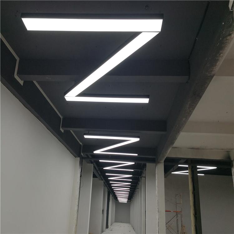 LED办公吊灯