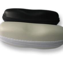字母太阳镜眼镜盒批发高档太阳眼镜盒EVA拉链包厂家批发定制图片