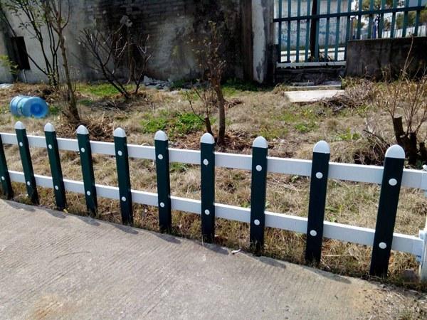 【台州市仙居县草坪pvc护栏/供应:】- 黄页88网