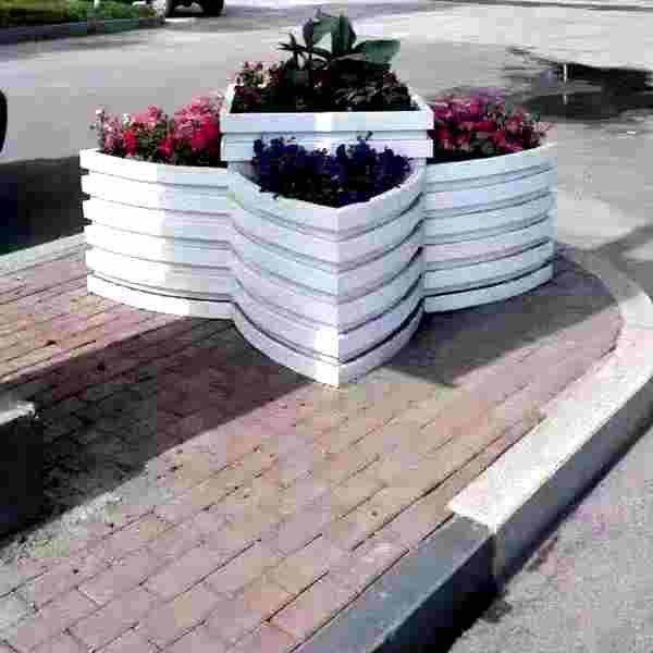 驻马店平舆县道路隔离花箱/-高度-颜色-样式