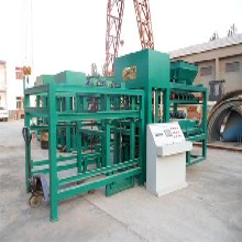马路彩砖机路面砖机面包砖机步道板机郑州市龙盛机械制造有限