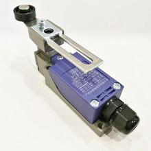 PTZ-8108限位行程开关自复位调节式带防水电缆头图片