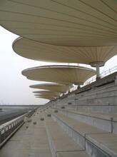 PVDF膜结构学校运动场看台定制设计安装张拉膜简易主席台雨棚