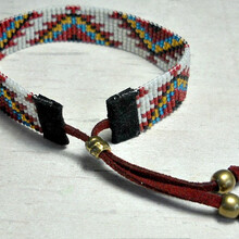 厂家直销串珠手链米珠编织手绳织珠手链串珠手镯手钩珠圆绳手链