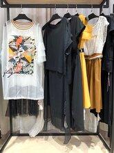 嘉貝逸飛品牌女裝網店店鋪貨源折扣批發圖片