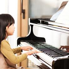 如何培养孩子的学钢琴兴趣?-悦动美悦