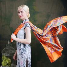 高档真丝丝巾批发市场,新款各类丝巾零售,认准莺尚图片