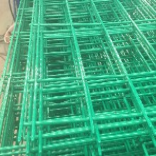 山东双边丝护栏网材质价格介绍图片