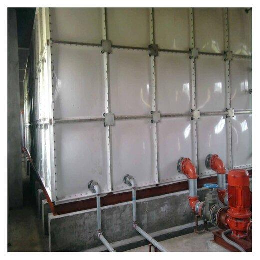 鶴壁鍍鋅小型水箱生產屋頂的消防水箱廠