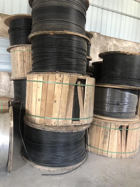 四川高价回收烽火电信12芯GYFXTC8F光缆上门回收太平熔纤盘