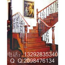 会所实木楼梯图片