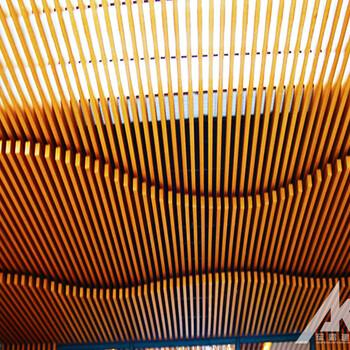 木纹铝方通生产加工厂家