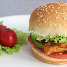 開一家麥聚樂炸雞漢堡加盟電話及投資費用條件政策總部電話