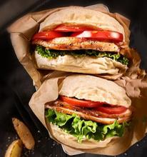 開一家德爾客炸雞漢堡加盟費及熱線電話條件優勢政策連鎖總店圖片