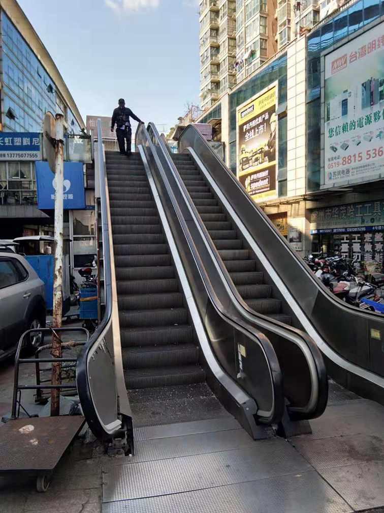 上海标尚自动扶梯回收,盐城电梯回收信誉保证